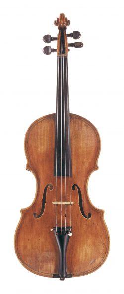 Front of a violin by Giovanni Paolo Maggini, Brescia, circa 1610
