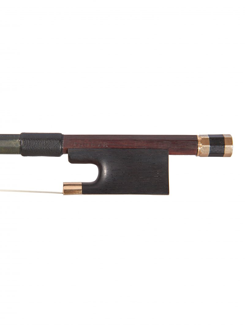 Frog of a gold-mounted violin bow by FX Tourte, circa 1795. This elegant and typical bow by one of the most important bow makers of all time is truly a player's bow.