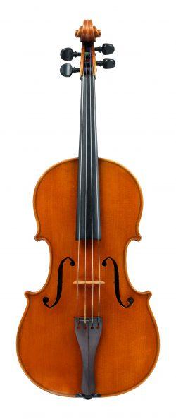 front of a viola by Ansaldo Poggi, Bologna, 1940