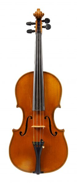 Front of a violin by Ernesto Pevere, 1945