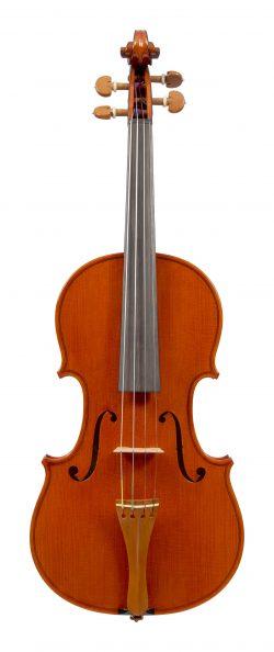 Front of a violin by Antonio Capela, Anta Espinho, 1977