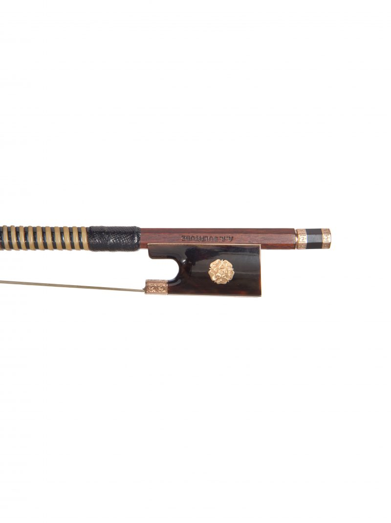 Frog of a chased gold & tortoiseshell-mounted violin bow by Arthur Richard Bultitude, 1973