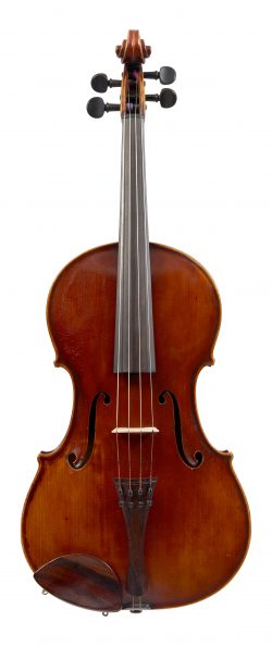 Front of a viola by Arthur Richardson, Crediton, 1945