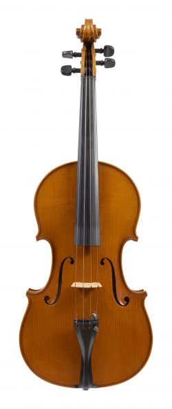 Front of a viola by Bruno Barbieri, Mantua, 1980
