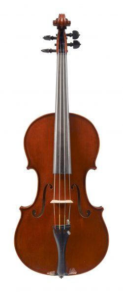 Front of a viola by Maurizio Tadioli, Cremona, 1990