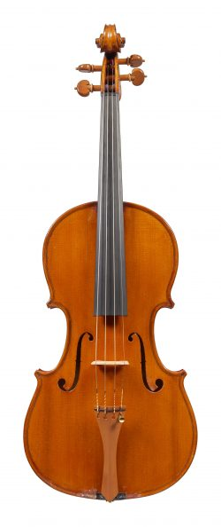 Front of a viola by Riccardo Genovese, Lecco, 1927