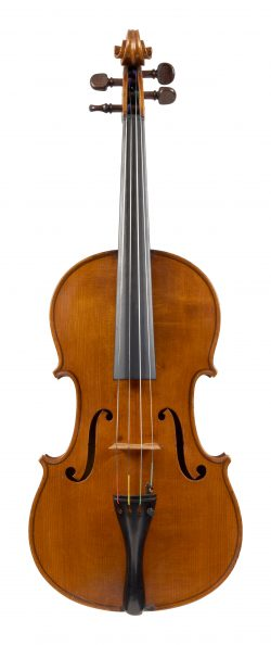 Front of a viola by Thomas Kennedy, London, circa 1840