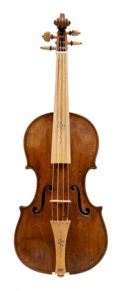 Front of a violin by Thomas Urquhart, c1680
