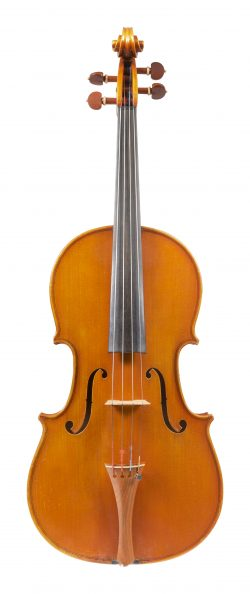 Front of a viola by Umberto Lanaro, Padua, 1981