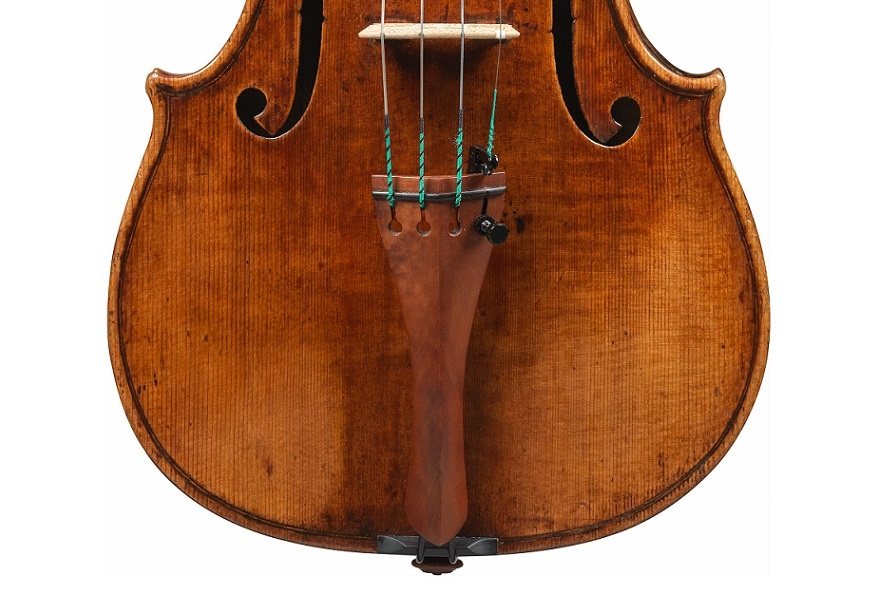 Front of Il Museo-Grumiaux violin by Guarneri del Gesu, 1739